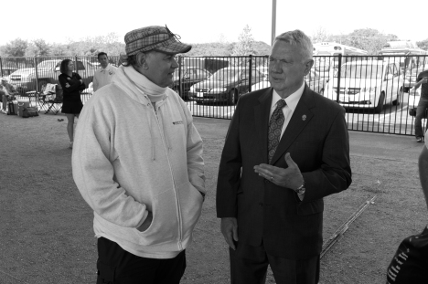 Mayor Lee Leffingwell and Arsene talking about Petanque (Photo courtesy of Mark Greenberg)