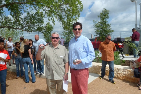 Mayor Lee Leffingwell and Matt Curtis.