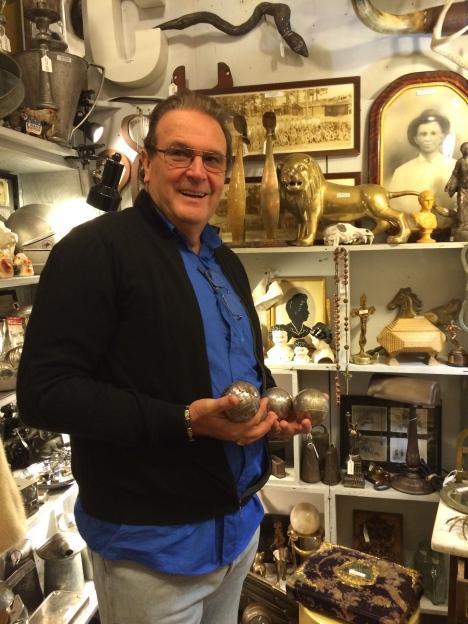 Bernard found some old petanque ball in an antique shop on Congress!